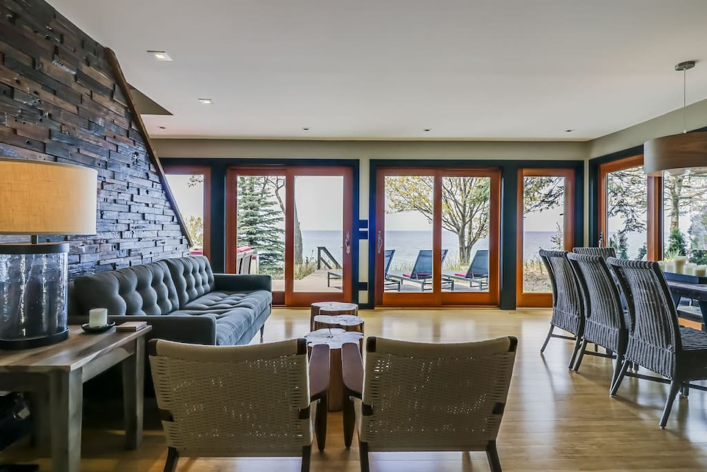 brand new renovation with open floor plan living area with directTV; overlooking Lake Michigan.