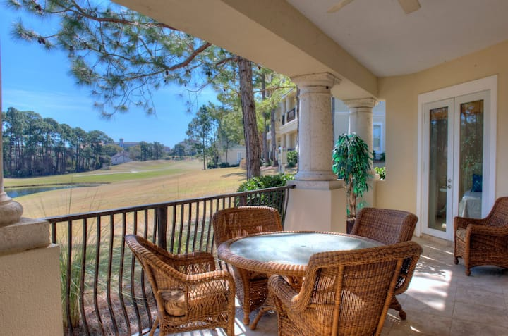 Golf Cart Included! Book your stay now! Minutes to Beach! 5382PR