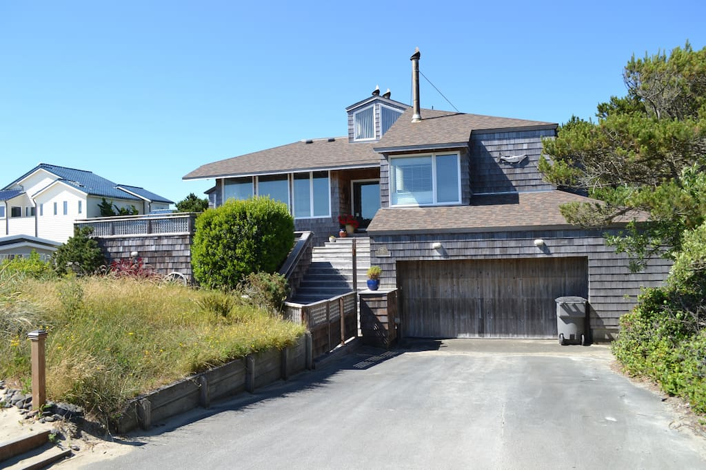 Front view of the Beach House