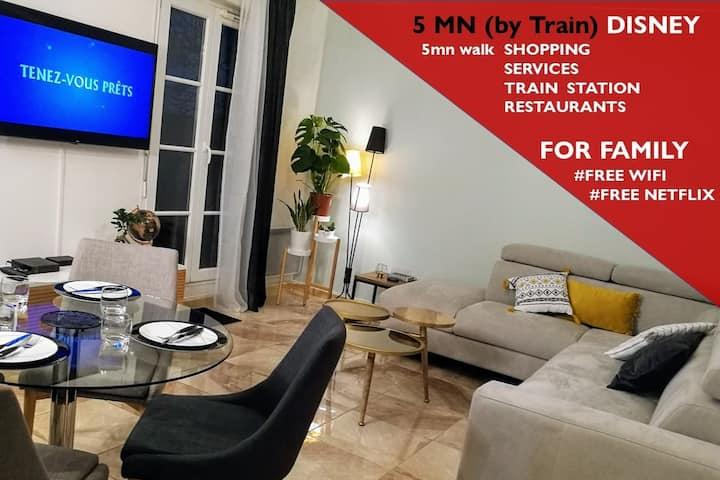 ★✰★✰★ 5mn DISNEY |TRAIN | SHOPPING VAL D'EUROPE