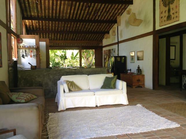Casa Beija-flor - Maraú - Talo