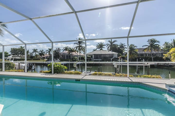 April 2017-20% OFF Base Rental Price! Luxury Canal Front Marco Island Pool Home w/Direct Gulf Access - Marco Island - Dům