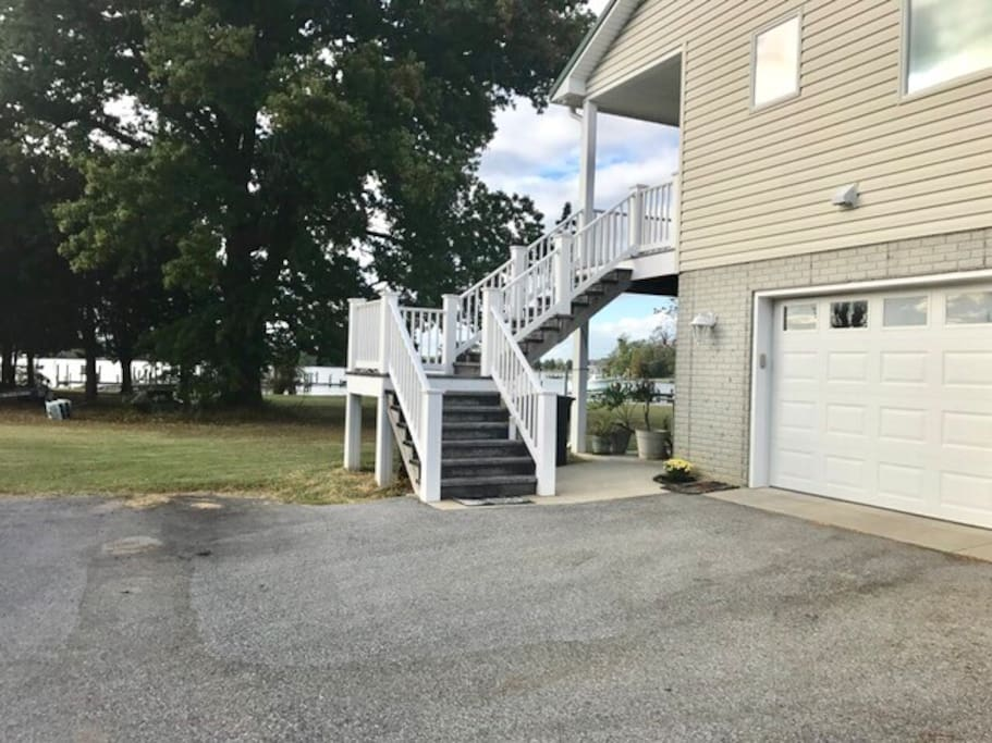 Entry stairs to front deck