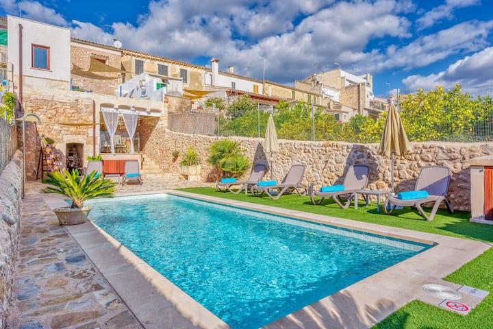"""Casa de férias """"Casa del Sol"""" com vista para o mar, Wi-Fi, Piscina, Varanda e Terraço; Estacionamento na rua disponível"""