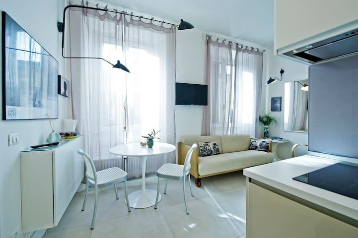 Casa Lorenza - Appartamento passeggiata lago   -