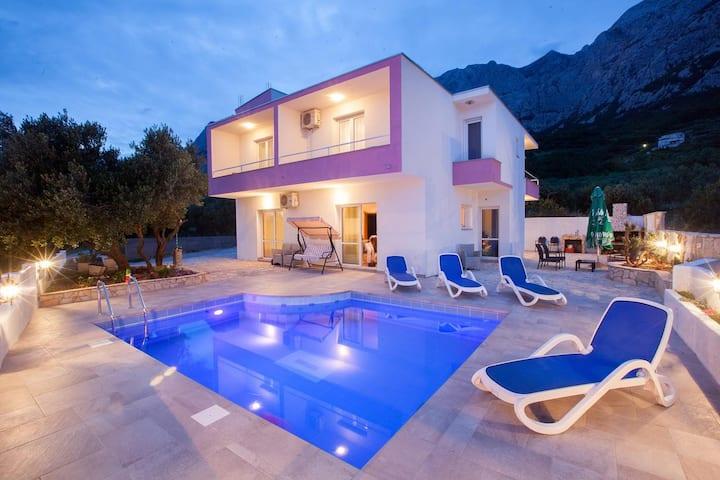 🌟 Villa - pool & terrace, sea view, BBQ, parking