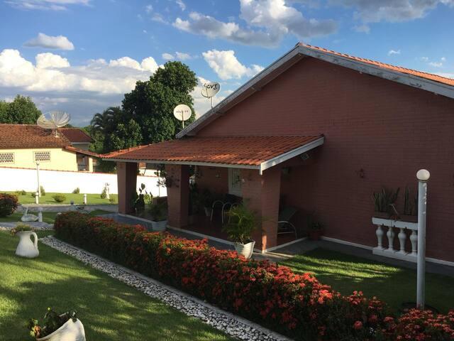Casa  Águas de São Pedro - Estancia Hidromineral