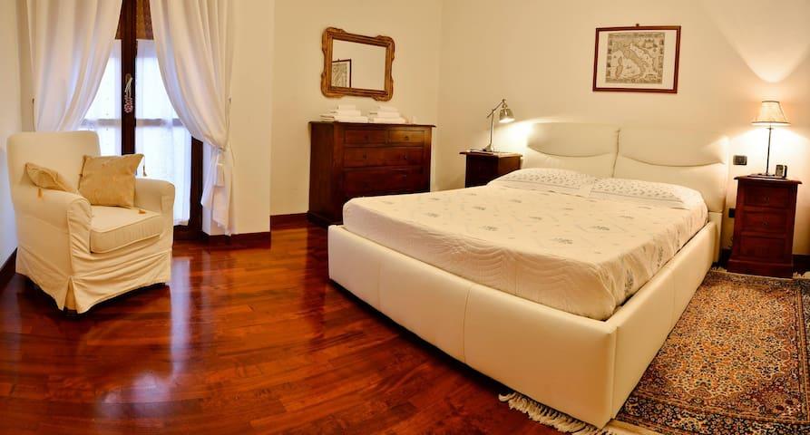 Camera doppia con bagno privato - Ascoli Piceno