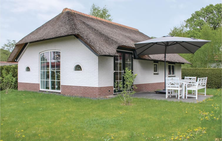 Holiday cottage with 3 bedrooms on 66m² in Ermelo