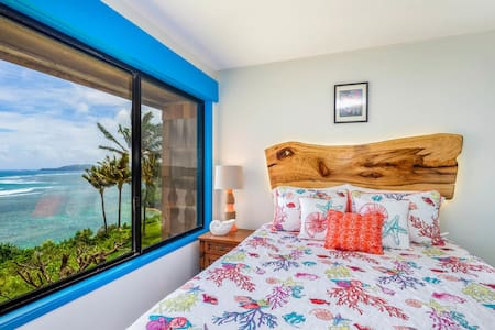 Gorgeous, Newly Remodeled Ocean front Retreat!