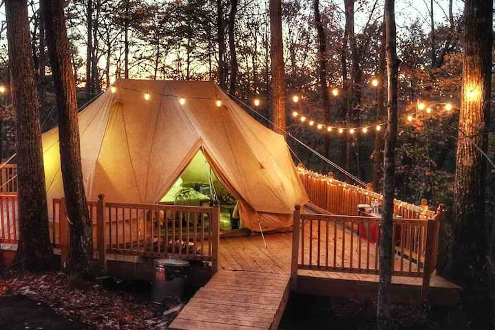 LUXURY TENT W/ TONS OF PRIVACY NEAR 2 WATERFALLS!