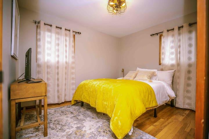 Room two, queen bed