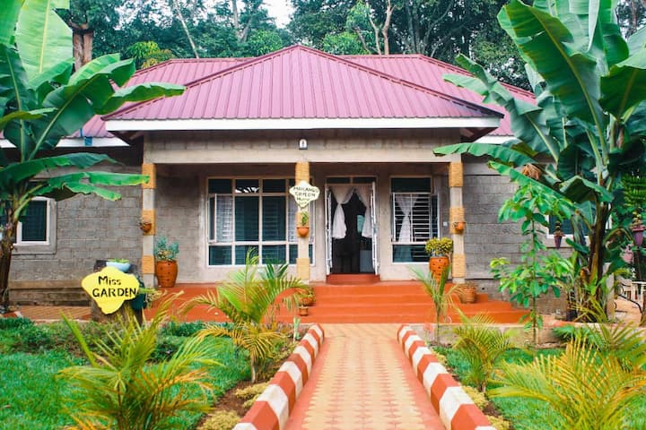 Marangu Simeon Home-Private Home