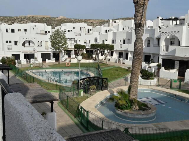 Casa en Playa Agua Amarga, Parque Natural - Agua Amarga - Huis