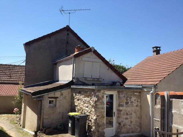 Maison Macquelines - Betz - Talo