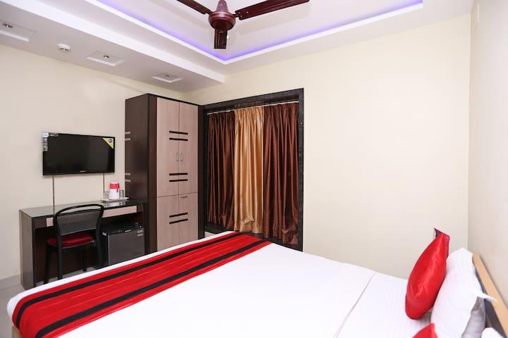 OYO SMART Well-Furnished Room in Kolkata