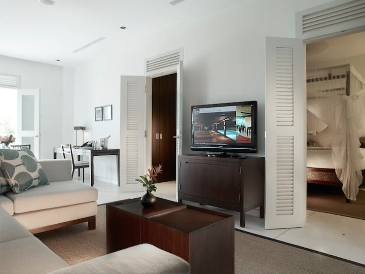 Family Suite with Living Room