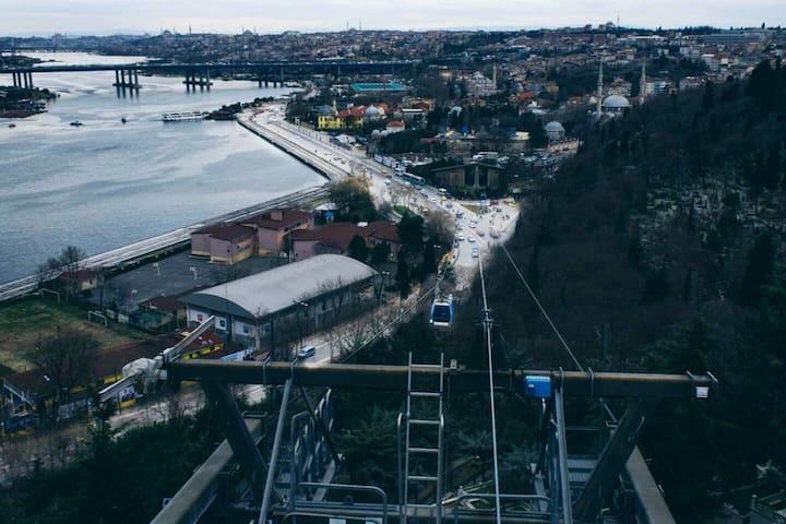 İSTANBUL/PİYER LOTİ LÜX TEMİZ2+1 DAİRE AİLEYEUYGUN