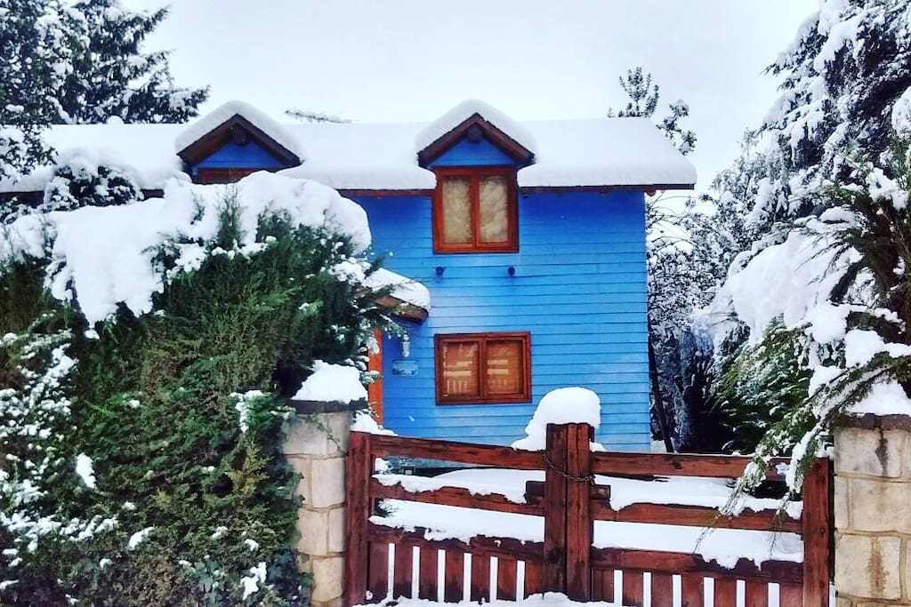 Entrada casa en invierno