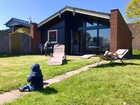 Familienfreundliches Ferienhaus mit großem Garten