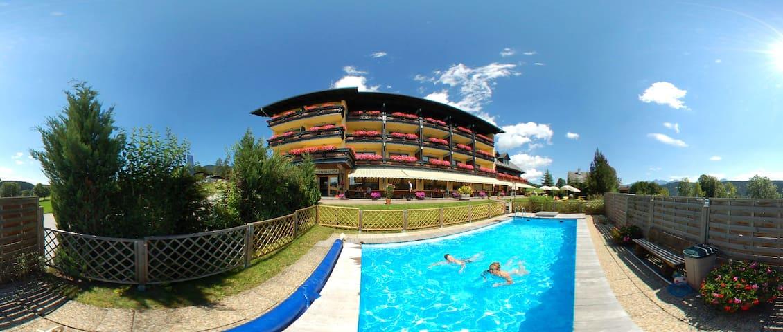 Ferienhotel Knollhof - Urlauben Sie bei uns