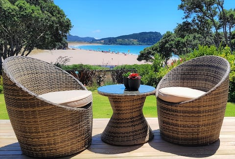 Hot Water Beach Accommodation at OceanView Cottage