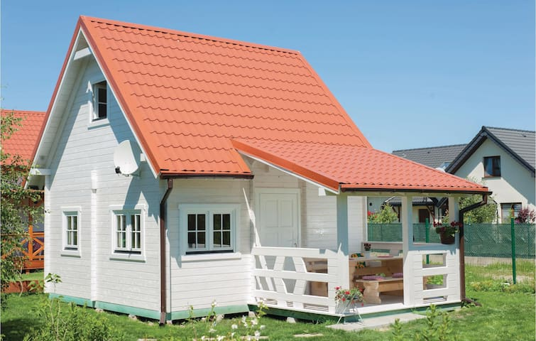 Holiday cottage with 1 bedroom on 40 m² in Ustka
