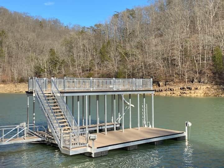 Sleeps 28 - New Double-Decker Dock with Slide