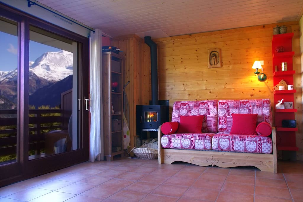 Living Room with view on Mont-Blanc