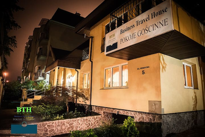 Kameralny Domowy Pensjonat BTHouse-Pokoje Gościnne