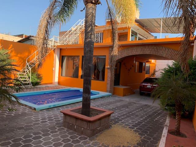 CASA DE DESCANSO  EN TONATICO, MEX.(POSIBLE VENTA)