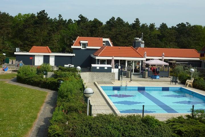 Verzorgd appartement niet ver van strand en zee op Texel