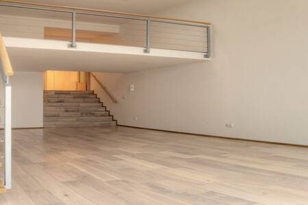 Luxury loft with garage and garden - Prag - Wohnung