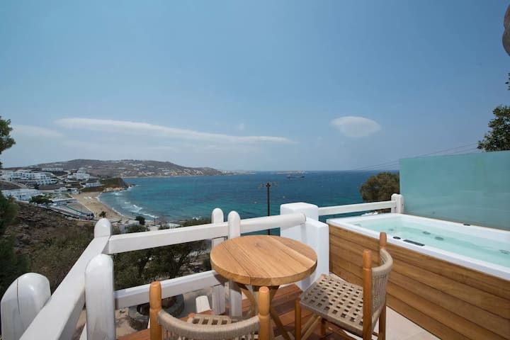 Deluxe Suite   Sea View & Outdoor Hot Tub