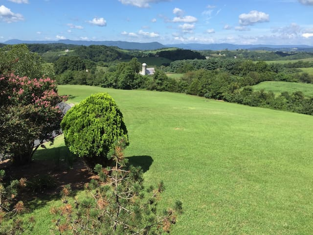 Guest House Overlooking Valley and Mountains - Lexington - Apartamento