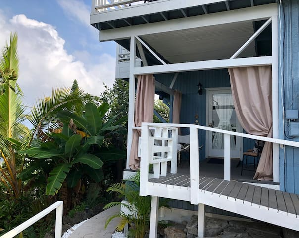 Private entrance and deck, can see the ocean from here