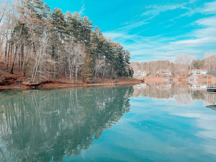 Secluded Lake Keowee Home w/ Private Dock In-Town