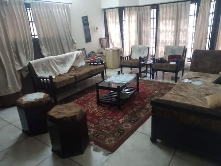 Couple Friendly-Fully furnished home