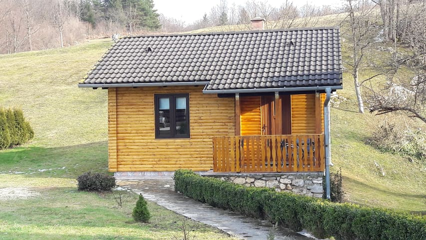 HOUSE FOR 2 AT PLITVICE - Rastovača - Daire