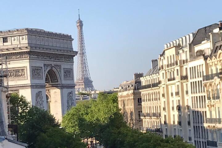 Studio Mac Mahon, Arc de Triomphe View