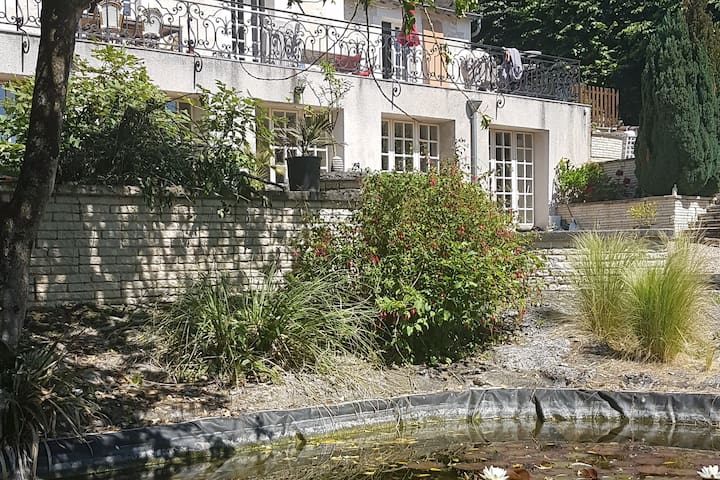 Maison de charme proche du centre et de la Loire