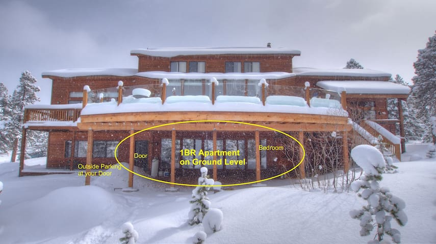 Mountain 1br Apartment near Wondervu, CO | VIEWS and hiking on property