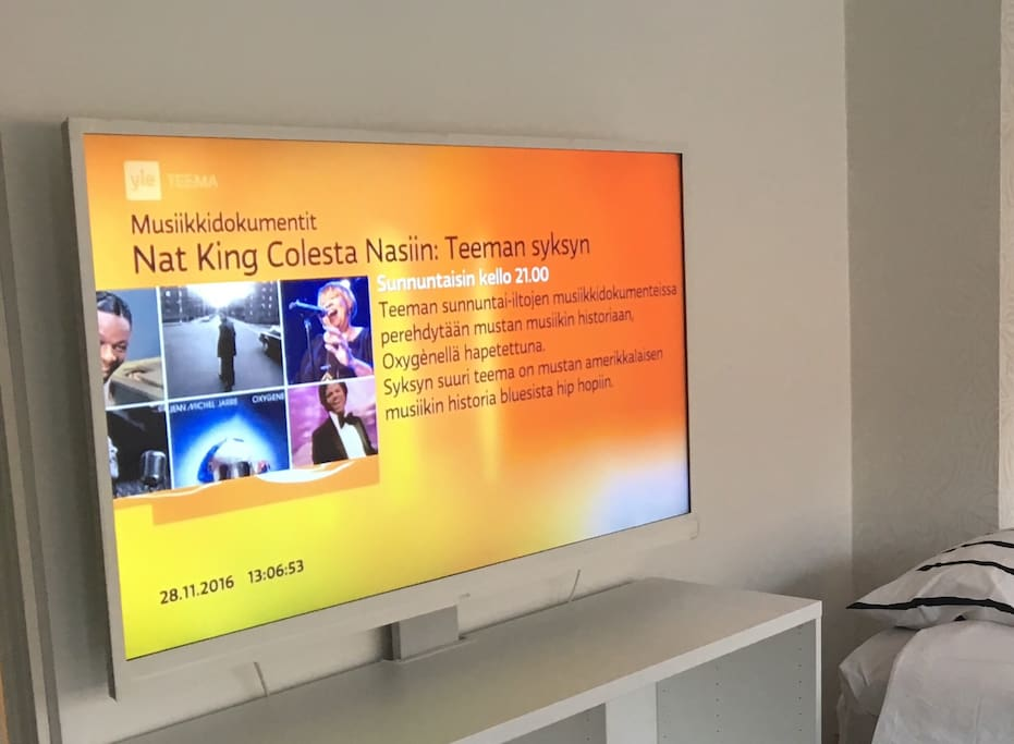 "55"" tv"