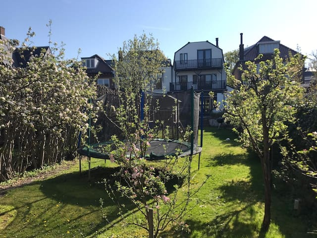 Private Villa near Amsterdam, Haarlem and beach