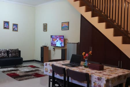 Guest House Simply Homy Tegal