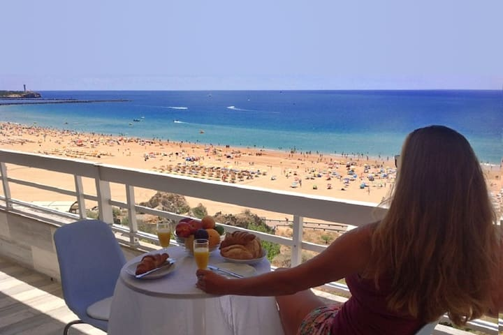 1 bed apartment, prime location, spectacular view
