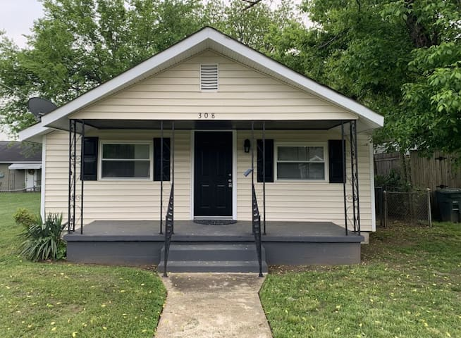 Updated, Comfy and Practical - 5 Points Huntsville