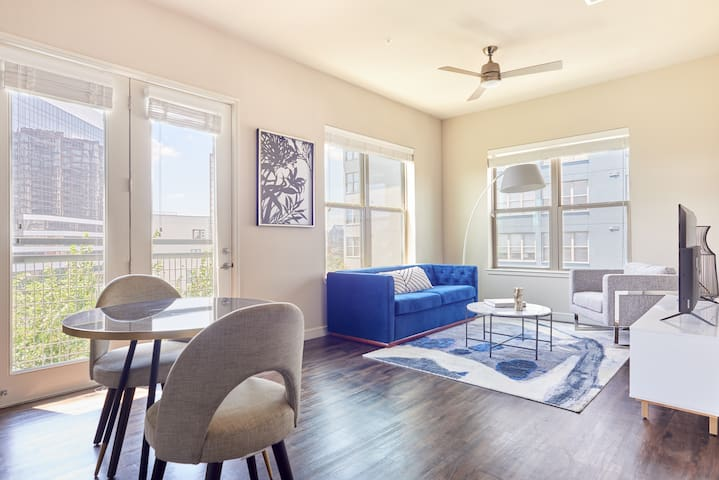 Sonder | Oak Grove | Beautiful 1BR + Balcony