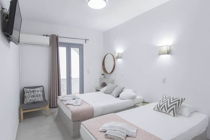 Korali Palace Private Elegant Double Room - Naxos - Apartment