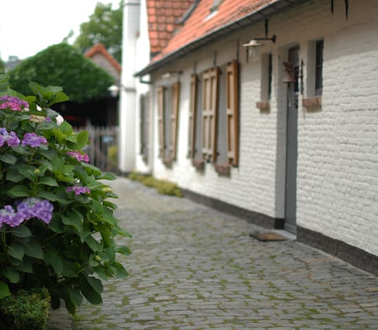 B&B Flemish cottage - Oostkamp - Bed & Breakfast